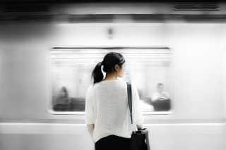 Vicces metrópótló járat