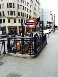 Humoros Londoni sztori